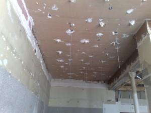 Flocage coupe feu sur plafond platre bois